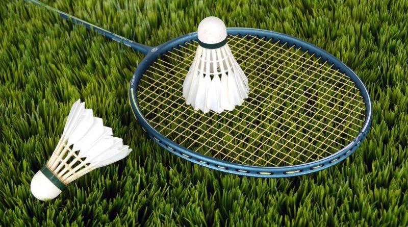 Top Hit Badminton Rackets
